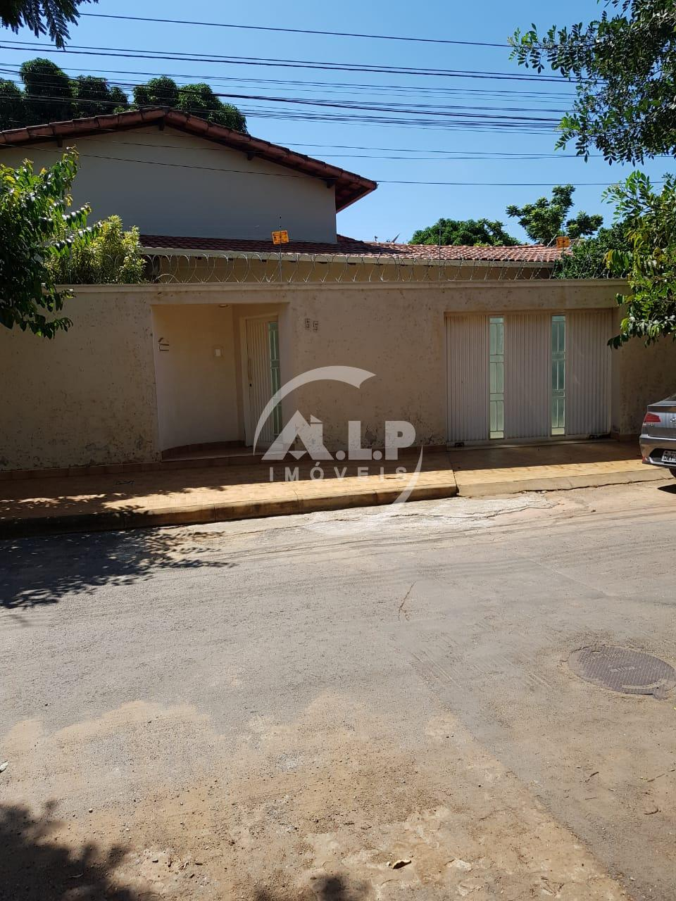 Casa, FUNCIONARIOS, MONTES CLAROS- MG