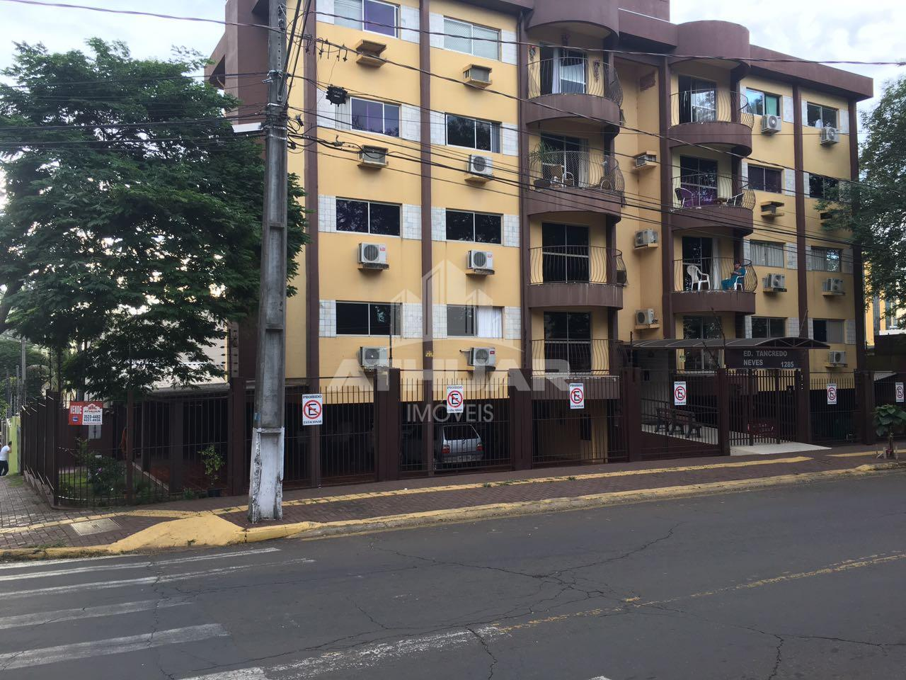 APARTAMENTO NO EDIFÍCIO TANCREDO NEVES