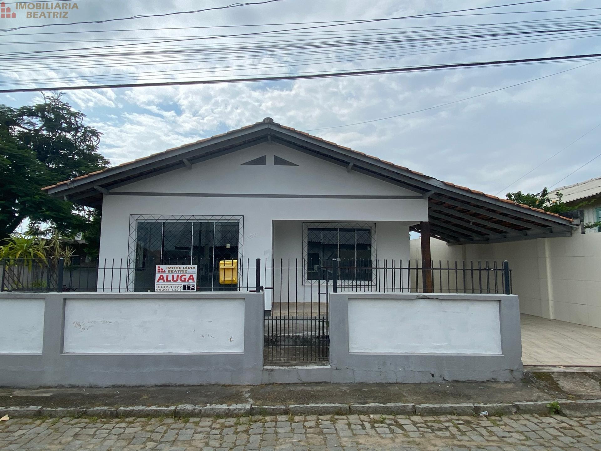 CASA COMERCIAL NO CENTRO