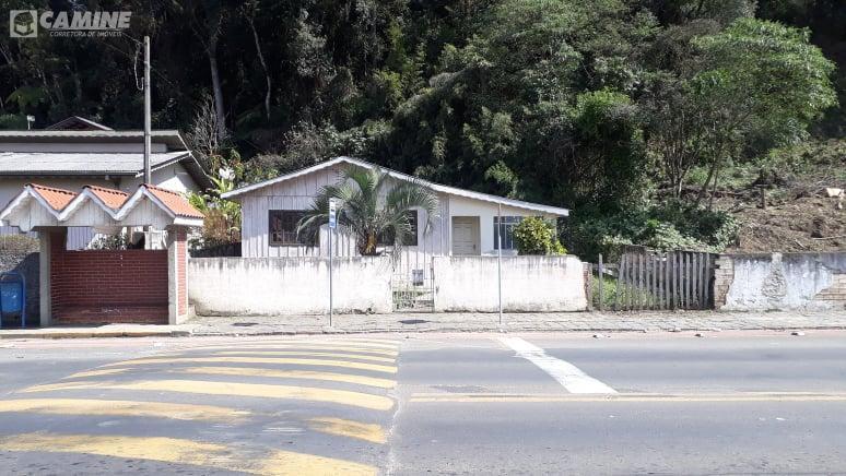 CASA NA AVENIDA SANTA ROSA - PORTO UNIAO/SC