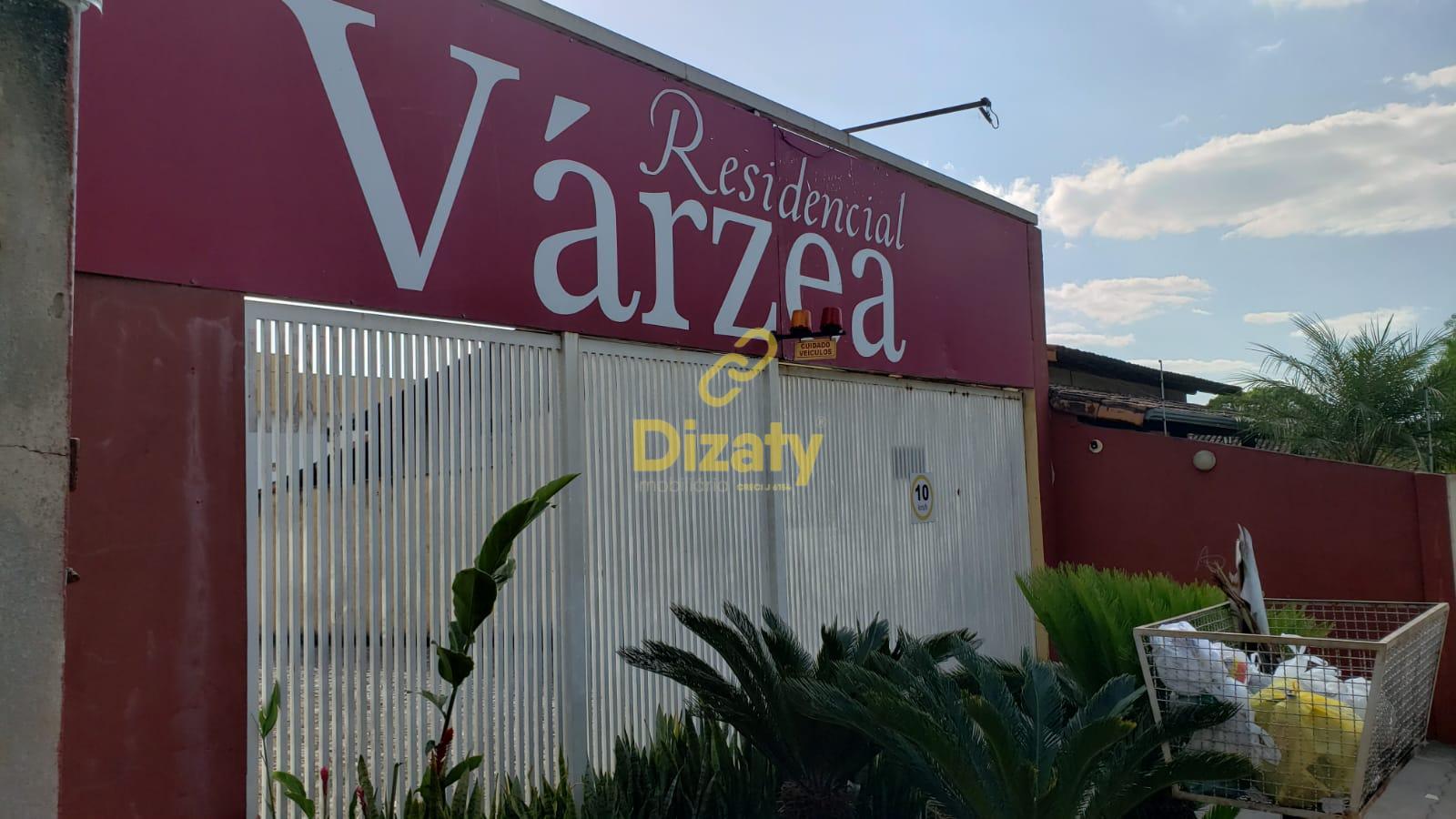 Apartamento no bairro Várzea