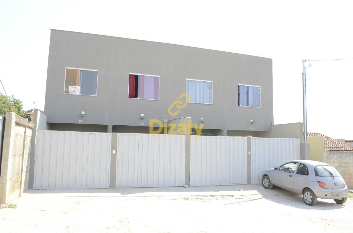 Duplex no bairro Bernardo Valadares