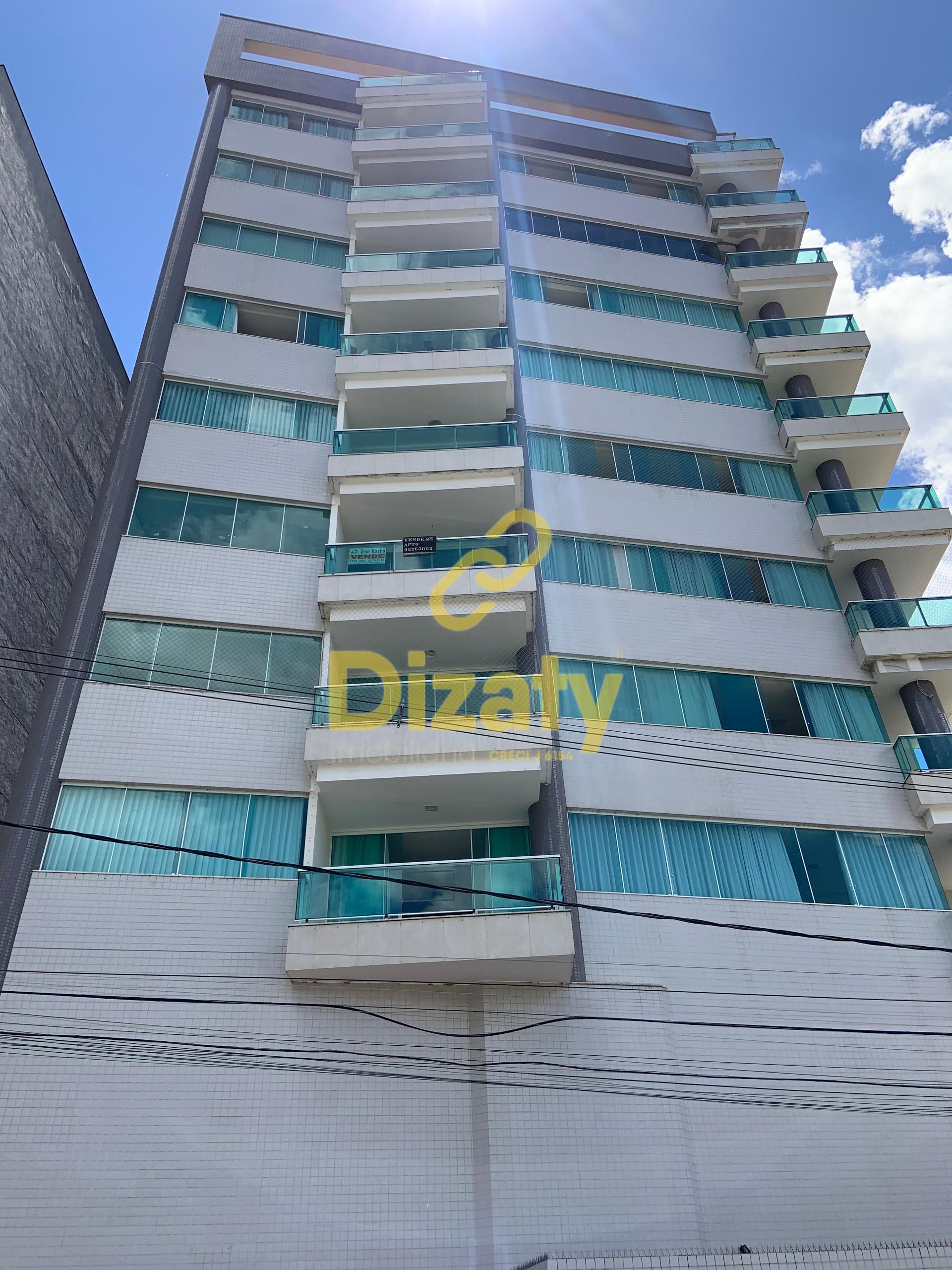 Apartamento de 03 dormitórios com suite, próximo a Praça da Feirinha