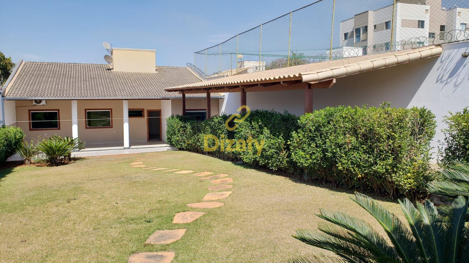 Linda Casa no bairro Mata Grande