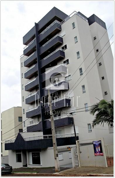 Apartamento mobiliado para locação - Centro