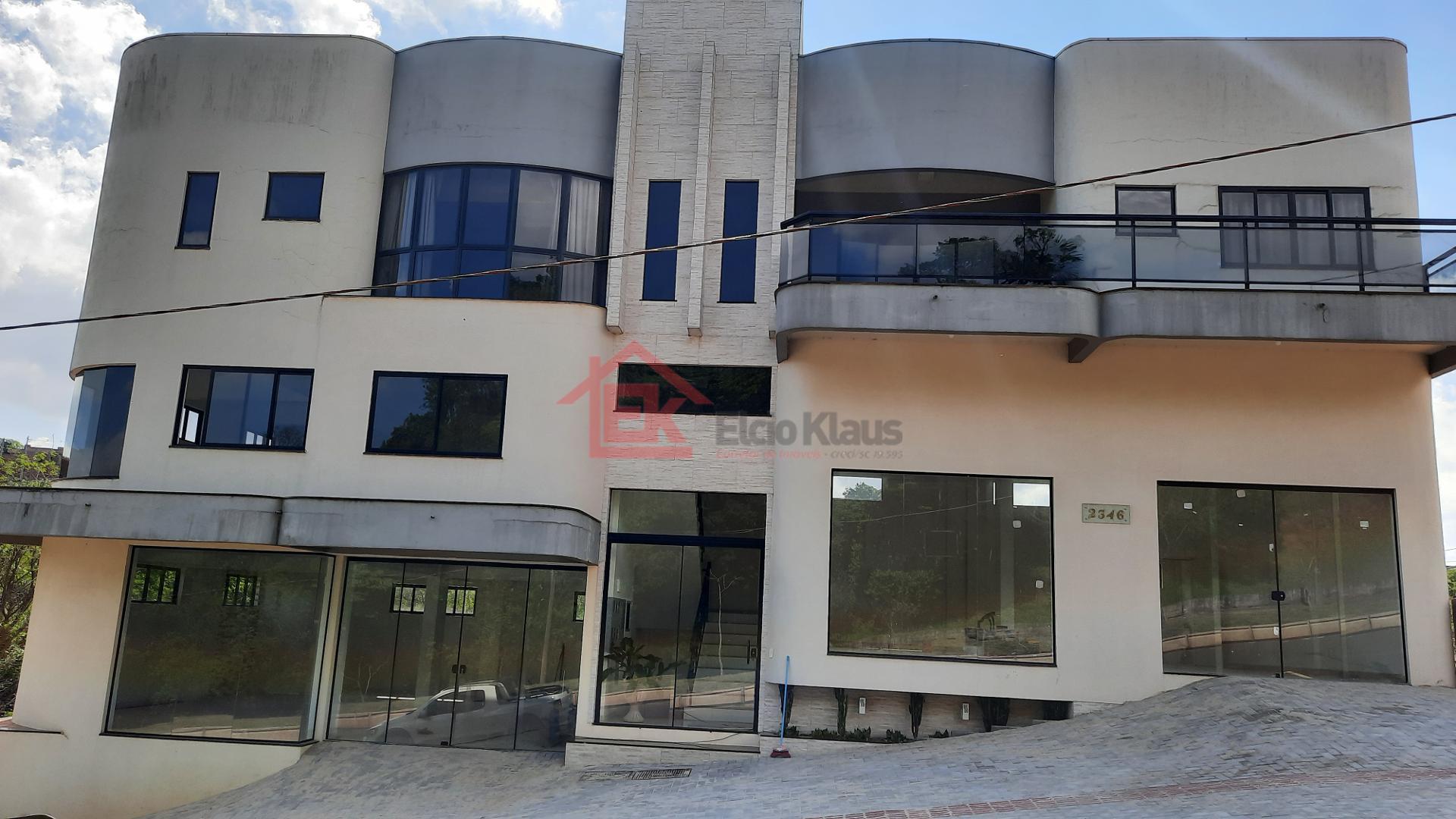 Sala Comercial, LOT MENEGATTI