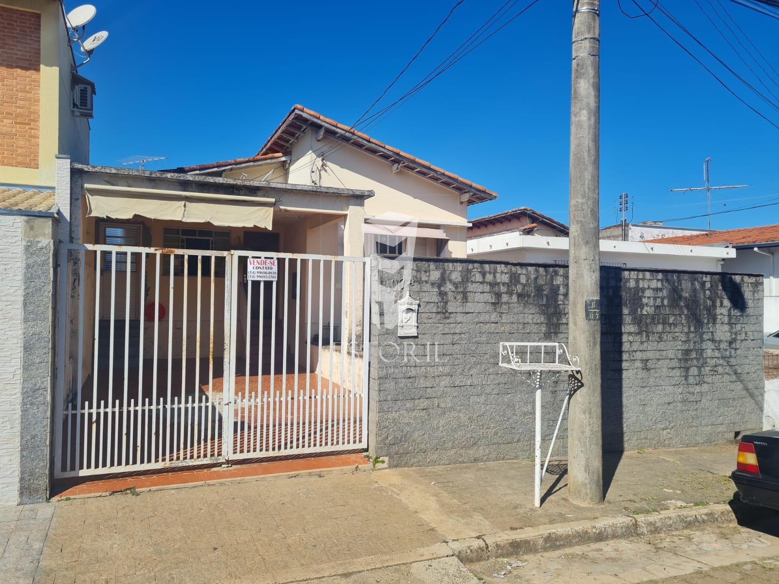 Casa com 2 dormitórios à venda, Centro, AVARE - SP