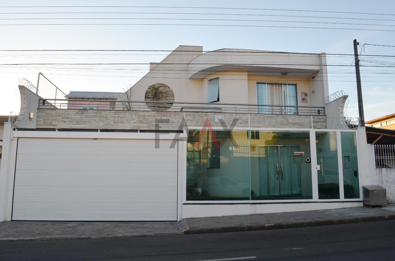Sobrado com 3 dormitórios à venda,250.00m², CENTRO, GUARAPUAVA - PR