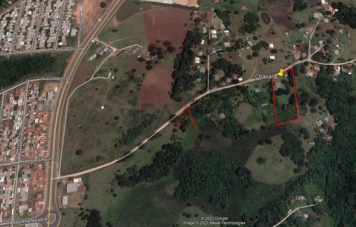 CHÁCARA BAIRRO RESIDENCIAL 2000 COM BARRACÃO PRÉ MOLDADO, DE 347 M² E UMA CASA D