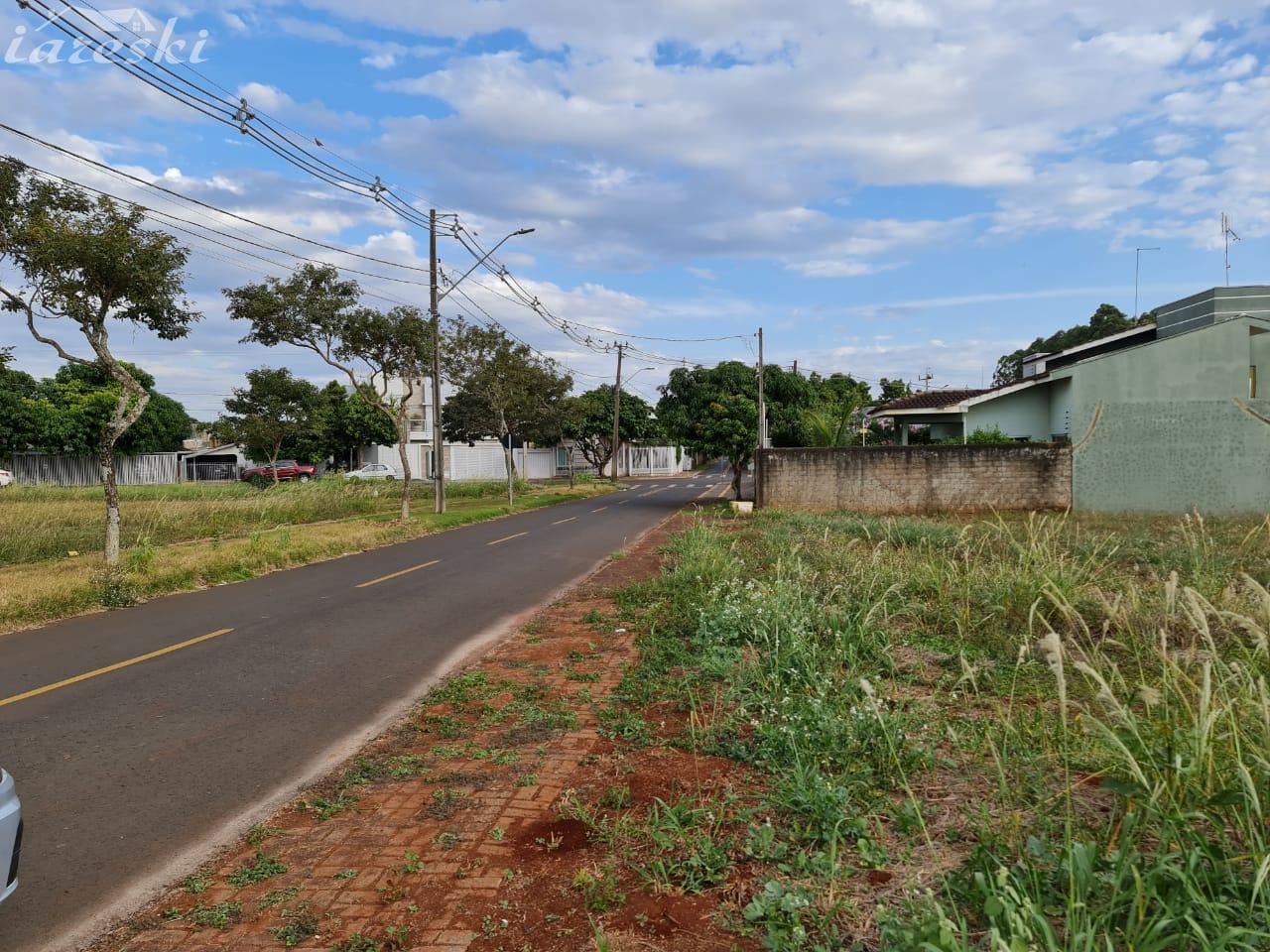 Terreno com 452m² à venda, Santa Terezinha de Itaipu/PR