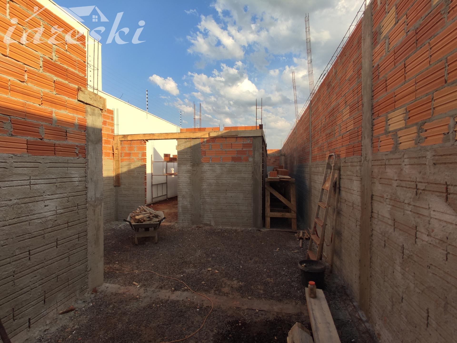 Casa com 3 dormitórios sendo 1 suíte à venda VILLA FLORATTA, FOZ DO IGUACU - PR