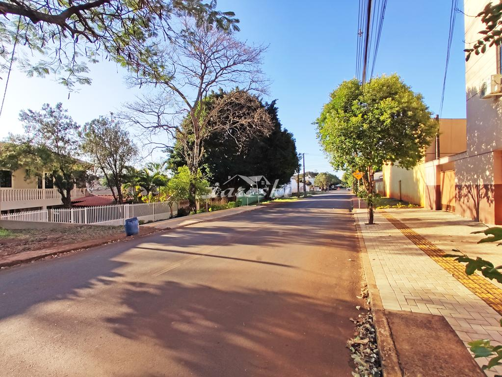 Terreno com 460m² à venda no Jardim Esmeralda em Foz do Iguaçu/PR