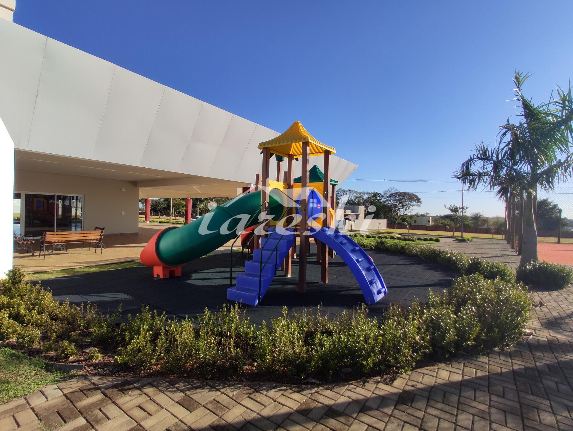 Terreno com 660m² à venda no condomínio reserva do iguaçu em Foz do Iguaçu/PR
