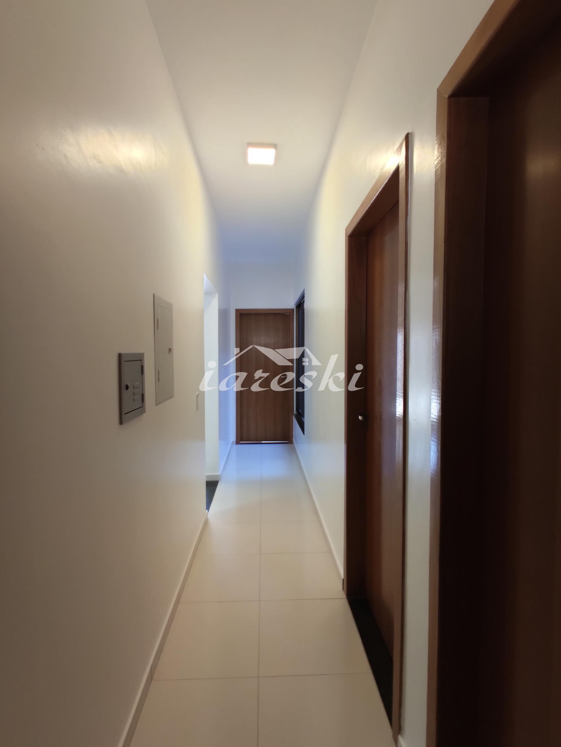 Casa com 3 dormitórios para locação no Jardim Alice em Foz do Iguaçu/PR