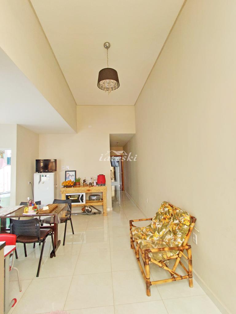 Casa com 2 dormitórios à venda, Jardim Curitibano em Foz do Ig...