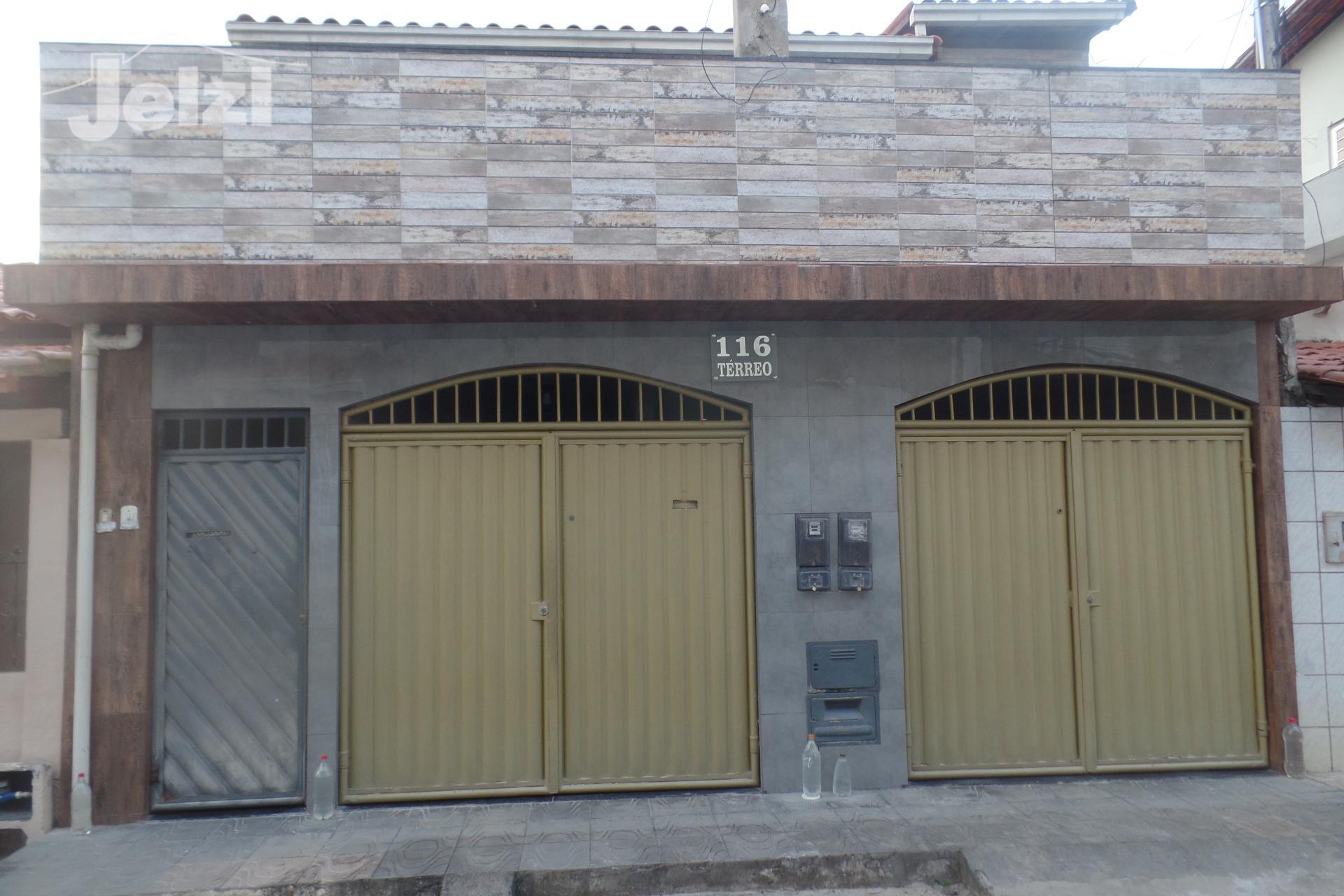Casa com 6 dormitórios à venda,179.90m², 15 de Novembro,  Alagoinhas - BA