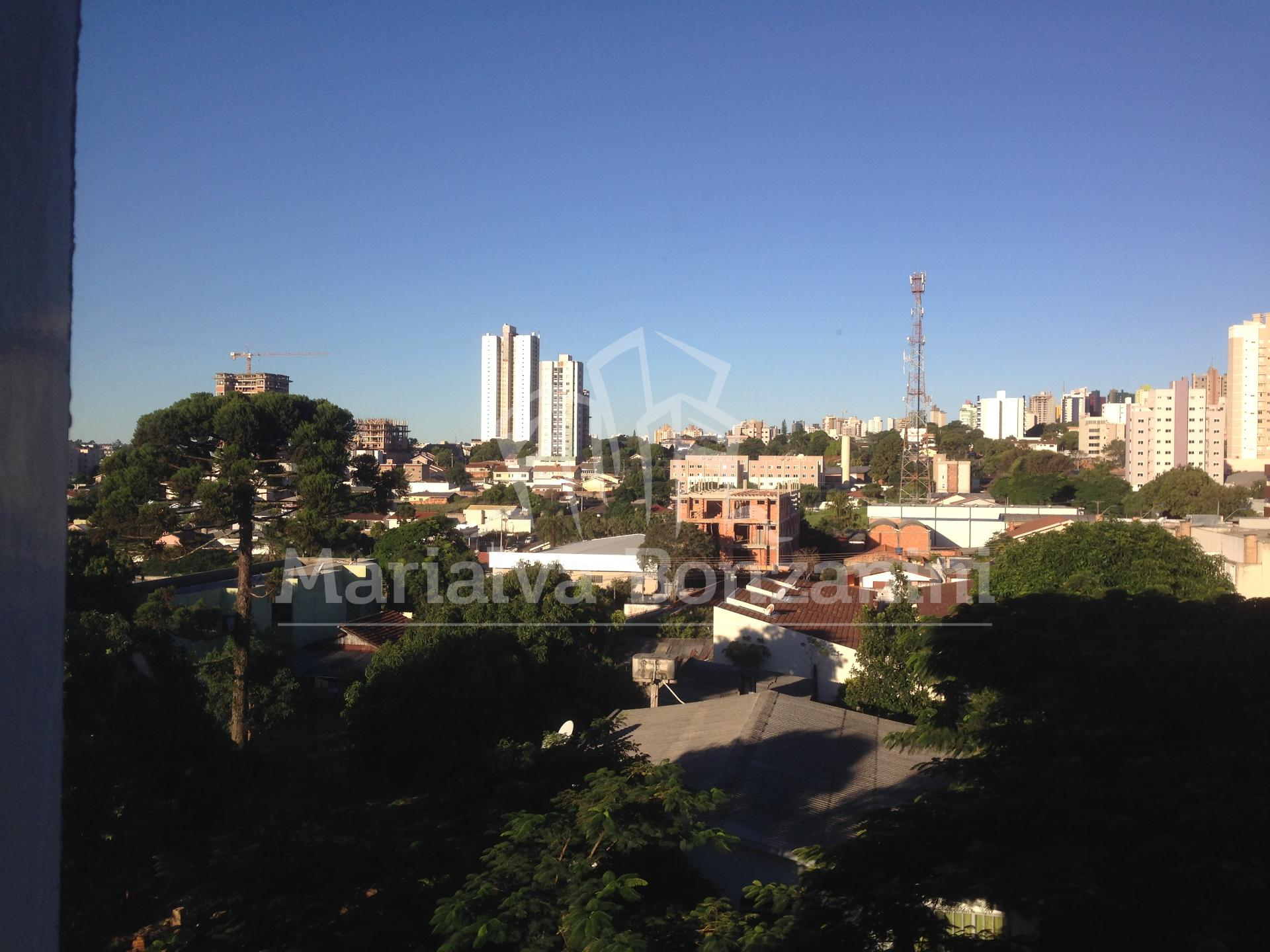 ALUGA-SE APTO NA RUA VISCONDE DO RIO BRANCO - CENTRO