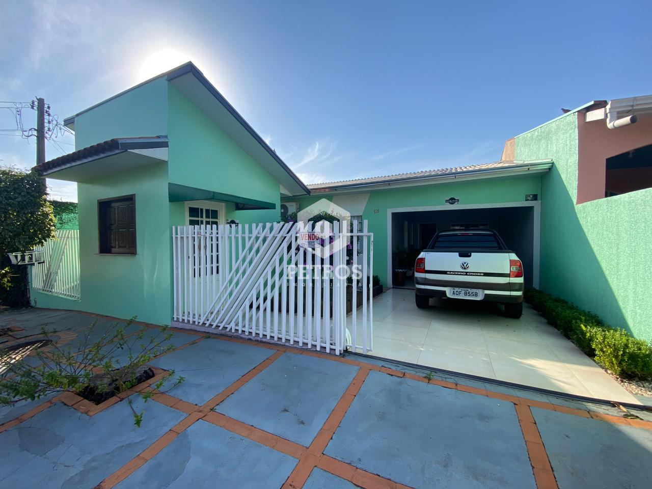 Casa localizada na Vila Pioneira - Frente ao campo de futebol