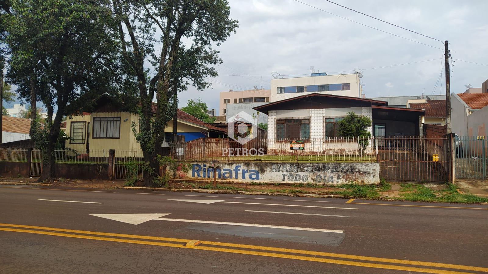 Terrenos localizado na Rua São João - PONTO COMERCIAL