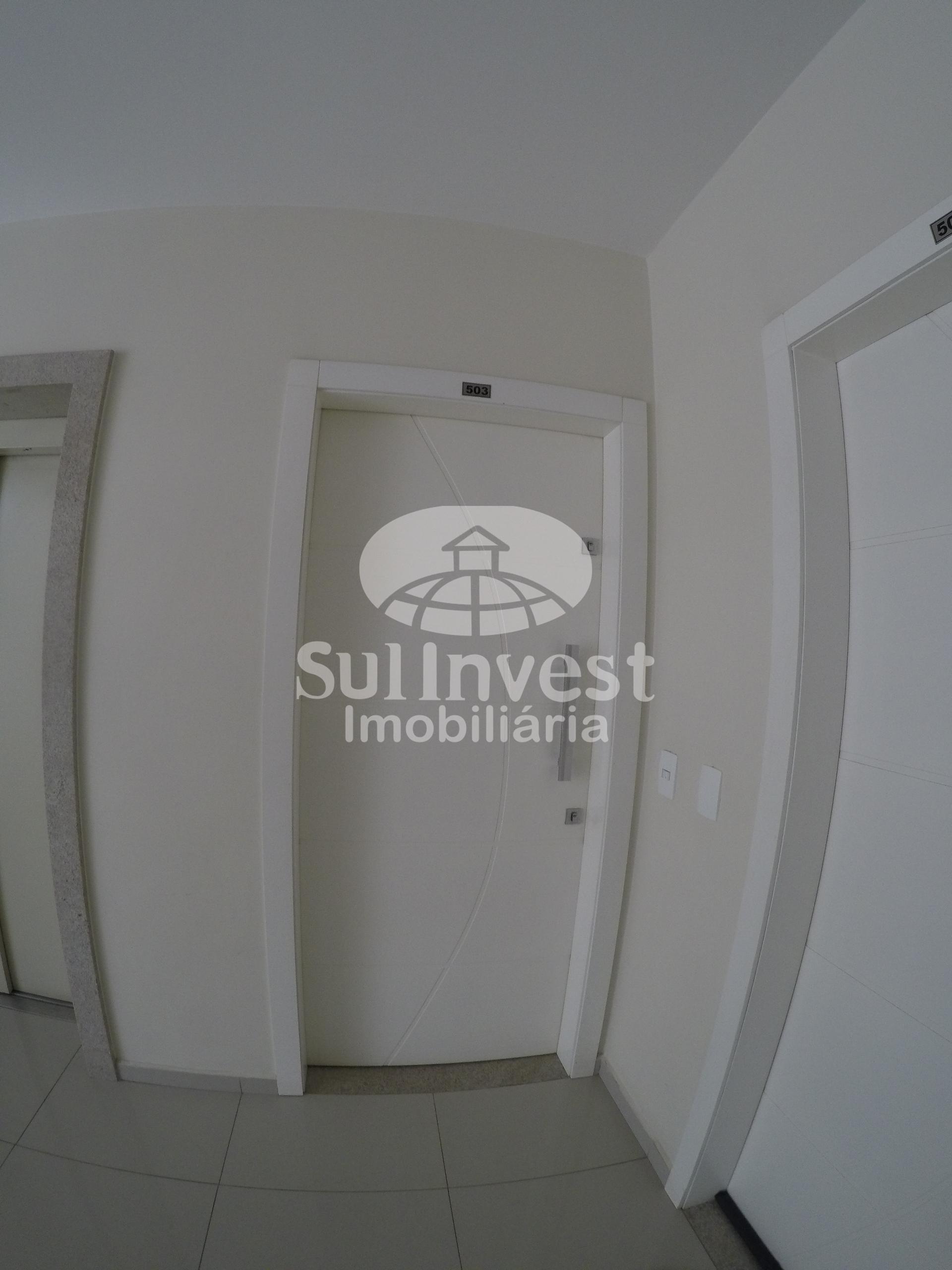 Excelente apartamento com dois dormitórios no Bairro Industrial.