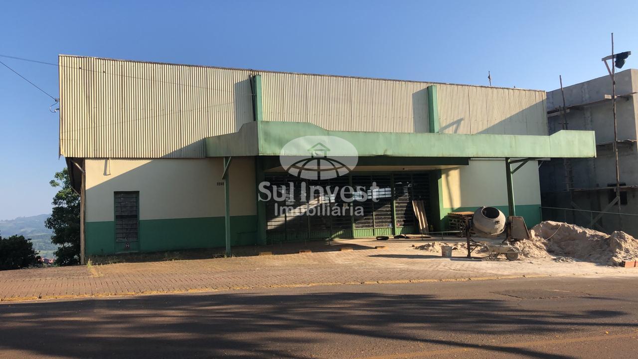Sala comercial de 2 pisos no centro de Itá