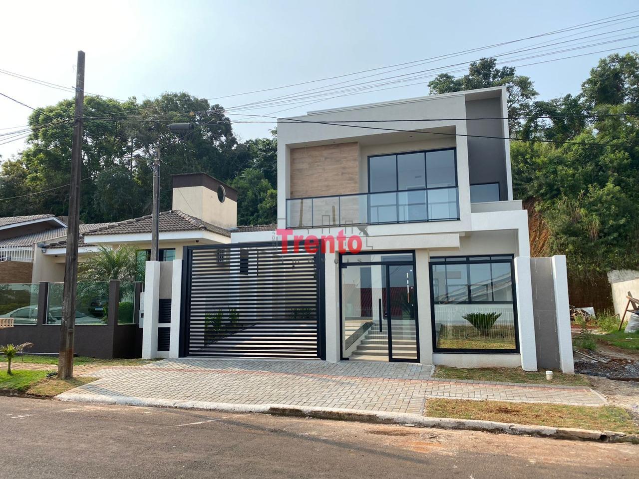SOBRADO DE ALTO PADRÃO - BAIRRO LA SALLE, PATO BRANCO - PR - PATO BRANCO/PR