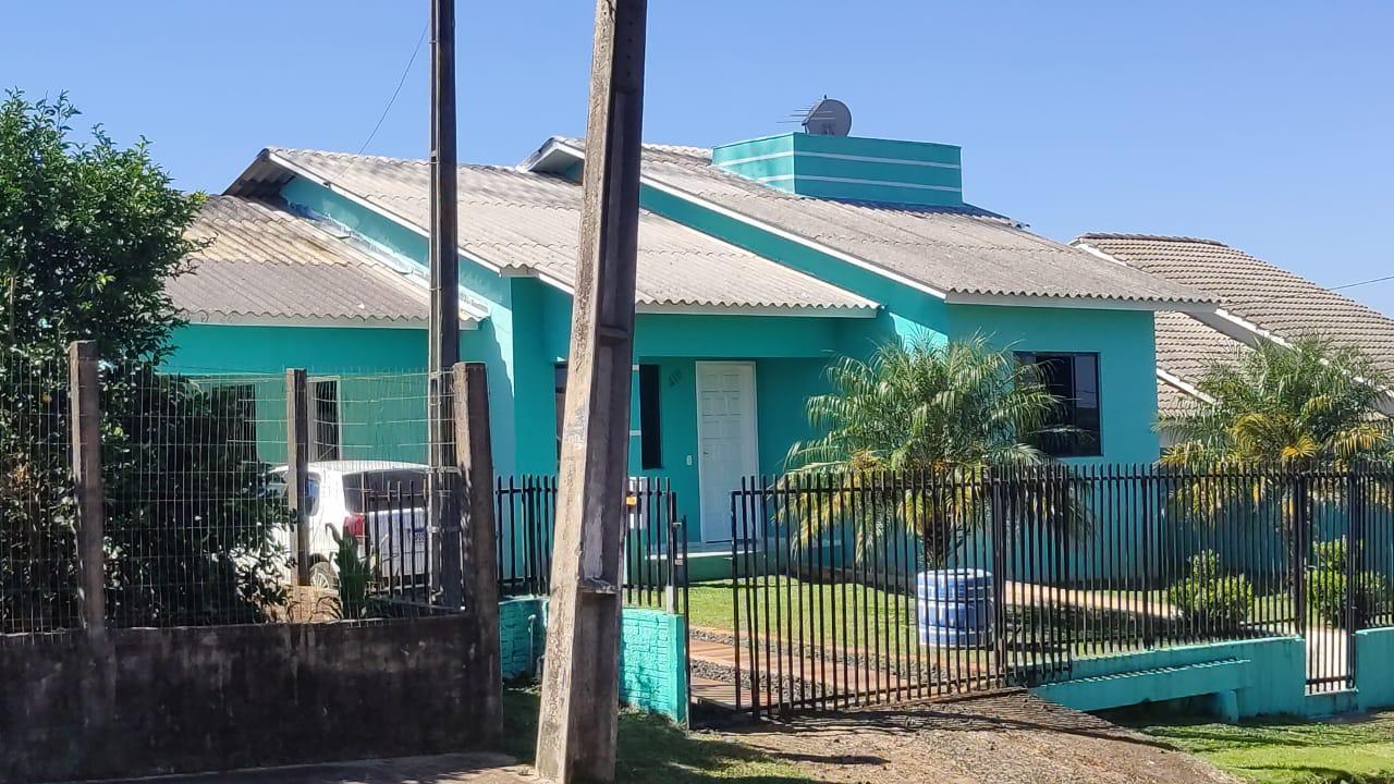 Casa com 3 dormitórios, MULLER, CORONEL VIVIDA - PR