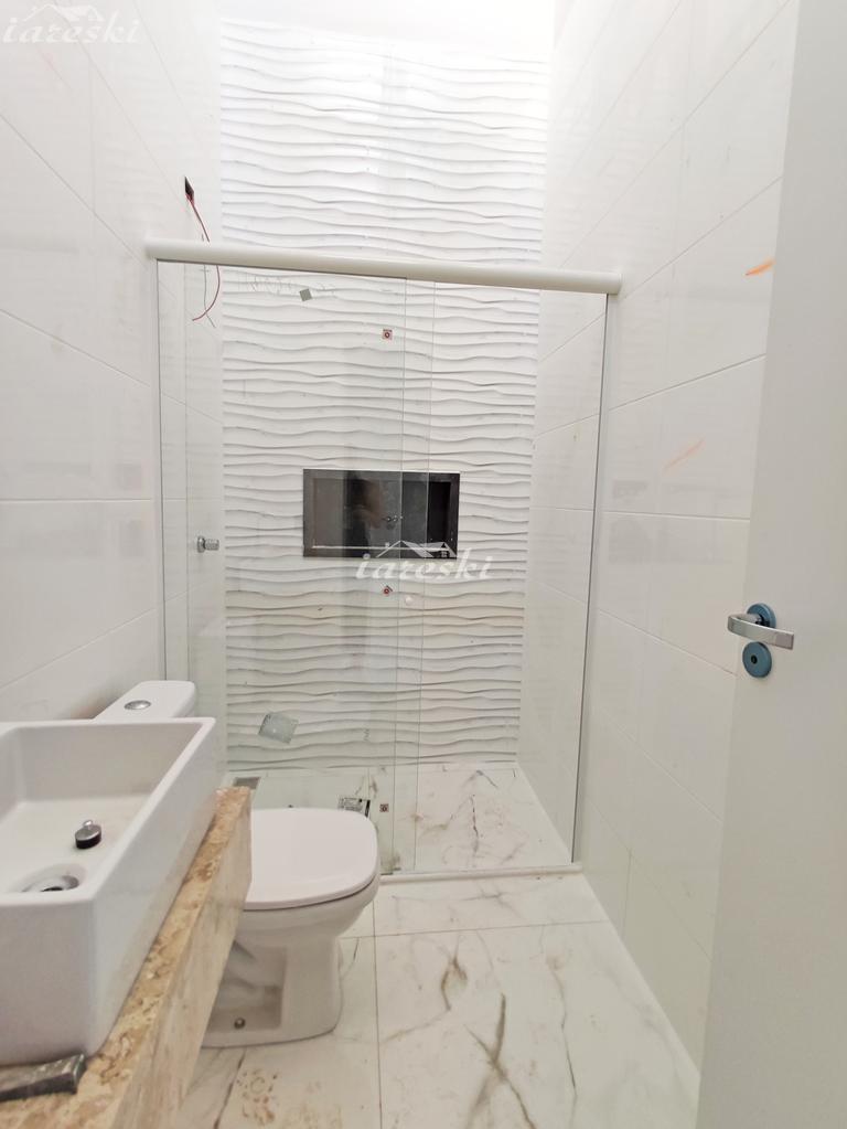 Casa com 2 dormitórios á venda no bairro Campos do Iguaçu I em Foz do Iguaçu/PR